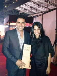 12dec Akshay BigEntertainmentAward 225x300 Akshay Kumar   The Most Successful Actor of the Year