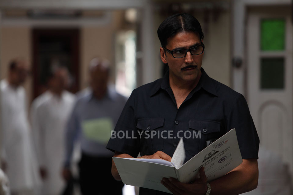 12dec Akshay SpecialChabbis02 Get Ready for the Heist Drama based on Real Events, Special 26 releasing on 8th February!