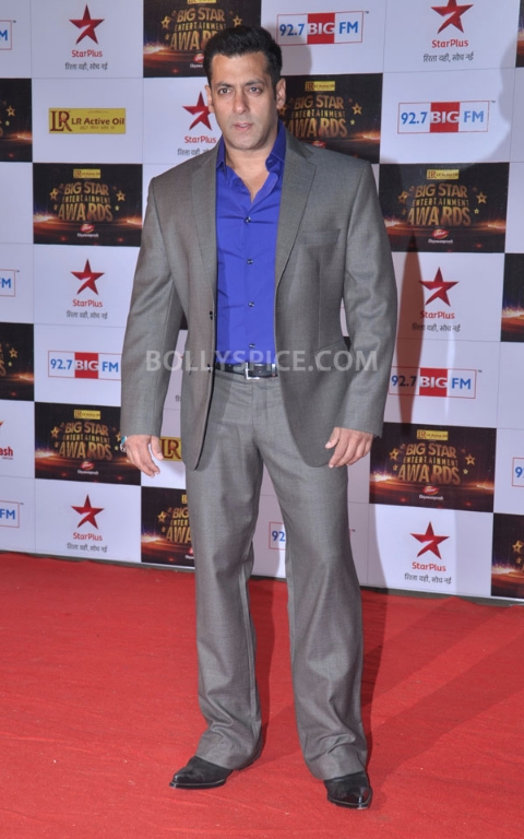 12dec BigStarEntertainmentAwards02 Stars gather for the 2012 BIG Star Entertainment Awards