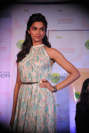 12dec Deepika notreplacingPC Deepika has not replaced PeeCee