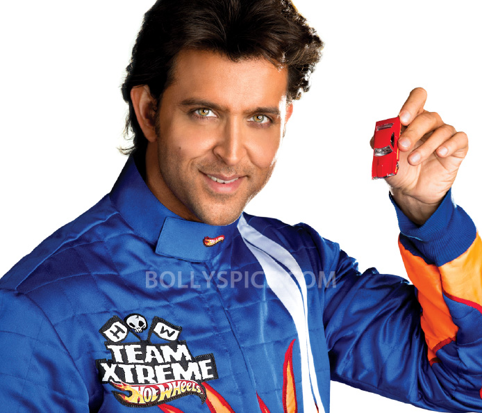 12dec HrithikRoshan HighNote01 Hrithik Roshan Ends the Year on a High Note