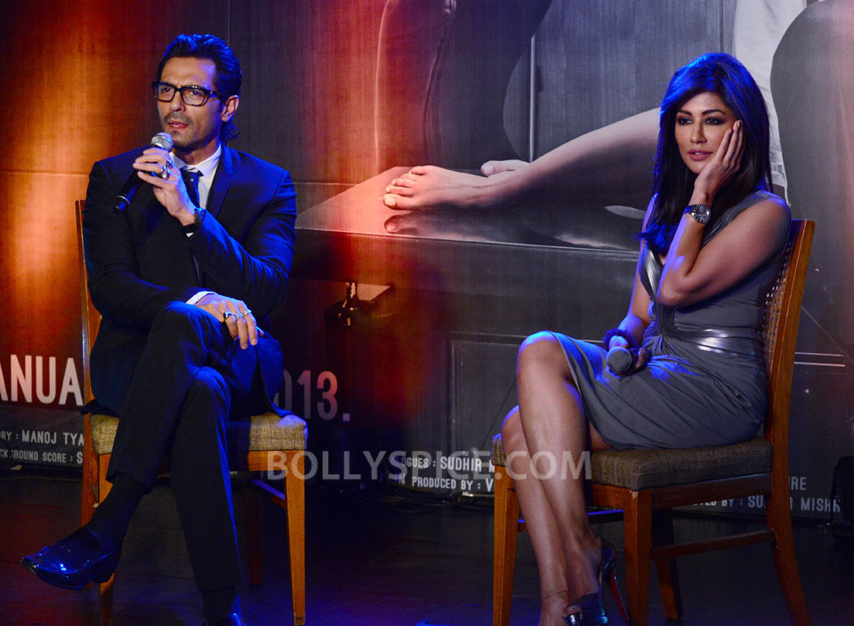 12dec Inkaar Calendar03 Cast of Inkaar launch their calendar for the year 2013