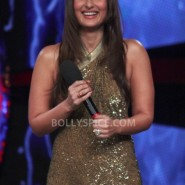 12dec KareenaBiggBoss6Dabangg2 05 185x185 IN PICTURES:Kareena launches Fevicol Se on Bigg Boss 6