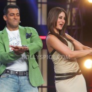 12dec KareenaBiggBoss6Dabangg2 20 185x185 IN PICTURES:Kareena launches Fevicol Se on Bigg Boss 6