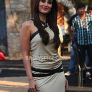 12dec KareenaBiggBoss6Dabangg2 30 185x185 IN PICTURES:Kareena launches Fevicol Se on Bigg Boss 6