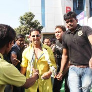 12dec Khiladi786Indore15 185x185 Khiladi 786 promotion Indore