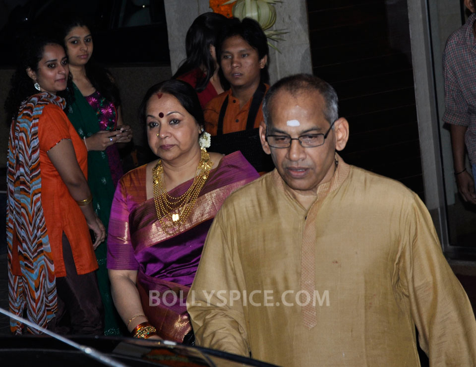 12dec Vidya Siddharth Wedding04 IN PHOTOS: Vidya Balan gets hitched!