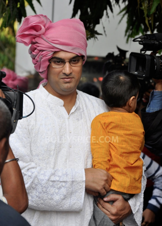 12dec Vidya Siddharth Wedding10 IN PHOTOS: Vidya Balan gets hitched!