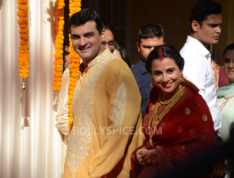 12dec Vidya Siddharth Wedding11 IN PHOTOS: Vidya Balan gets hitched!