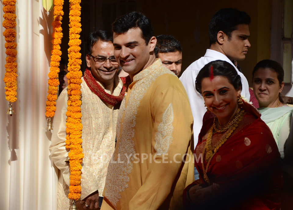 12dec Vidya Siddharth Wedding13 IN PHOTOS: Vidya Balan gets hitched!