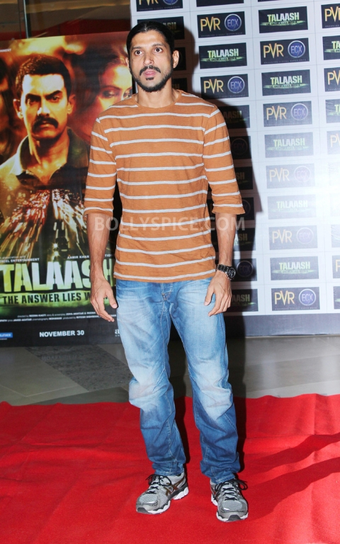 12dec WHWN TalaashScreening09 Whos Hot Whos Not   Talaash Premiere
