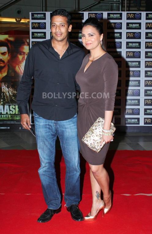 12dec WHWN TalaashScreening11 Whos Hot Whos Not   Talaash Premiere