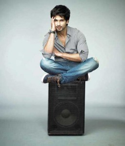 Shahid 257x300 REFLECTIONS 2012: New Year Resolutions for Bollywood Stars