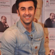 13jan AnupamKher RanbirKapoor08 185x185 In Pictures and Video: Anupam Kher interviews Ranbir Kapoor