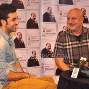 13jan AnupamKher RanbirKapoor25 185x185 In Pictures and Video: Anupam Kher interviews Ranbir Kapoor