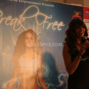 13jan BipashaBreakFreeDVDlaunch03 185x185 Bipasha to teach fitness mantra with her new DVD BreakFree