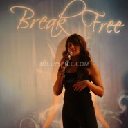 13jan BipashaBreakFreeDVDlaunch05 185x185 Bipasha to teach fitness mantra with her new DVD BreakFree