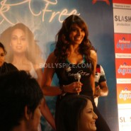 13jan BipashaBreakFreeDVDlaunch10 185x185 Bipasha to teach fitness mantra with her new DVD BreakFree