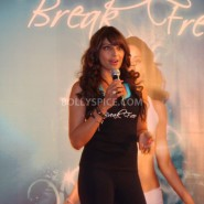 13jan BipashaBreakFreeDVDlaunch13 185x185 Bipasha to teach fitness mantra with her new DVD BreakFree