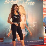 13jan BipashaBreakFreeDVDlaunch15 185x185 Bipasha to teach fitness mantra with her new DVD BreakFree