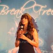 13jan BipashaBreakFreeDVDlaunch35 185x185 Bipasha to teach fitness mantra with her new DVD BreakFree