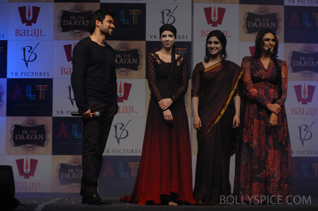 13jan ekthidaayanlaunch 06 Emraan Hashmi and his leading ladies at the unique Ek Thi Daayan launch