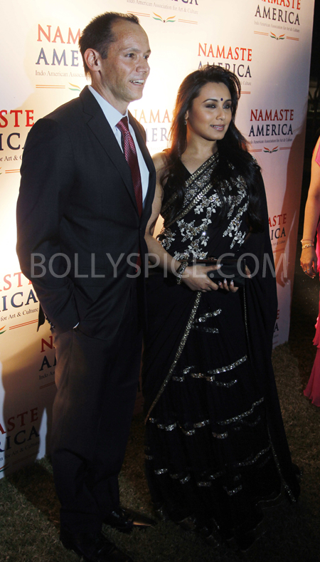 13jan rani 01 Rani Mukherji attends the Namaste America Obama Inaugural Event.