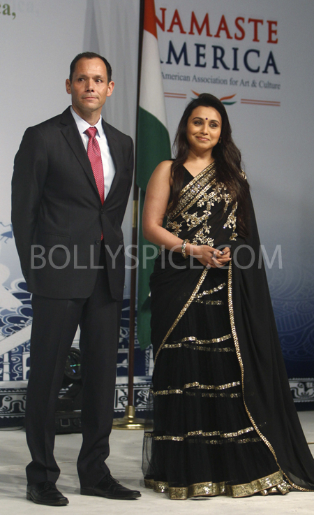13jan rani 07 Rani Mukherji attends the Namaste America Obama Inaugural Event.