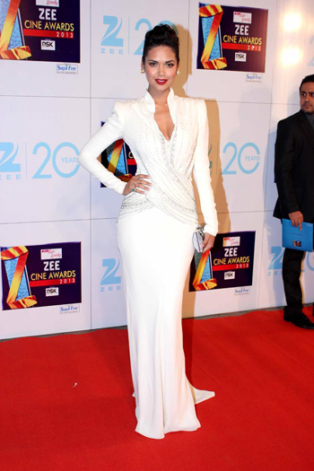 13jan whwnzee esha Whos Hot Whos Not   Zee Cine Awards