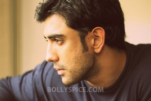 13feb Amit ValentineSuprise 300x200 Valentine's Surprise for Amit Sadh