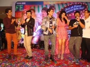 13feb ChashmeBaddoor MusicLaunch21 300x225 13feb ChashmeBaddoor MusicLaunch21