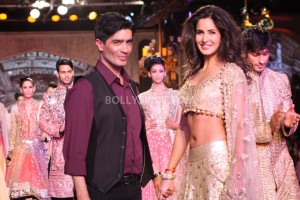 13feb ManishMalhotra Intrvw01 300x200 BollySpice.com chats with Manish Malhotra about all things fashion!