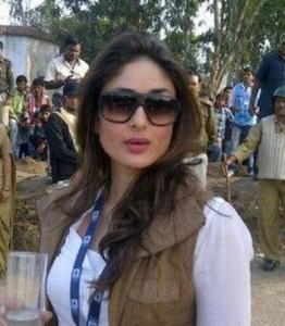 13feb_Satyagraha-Kareena