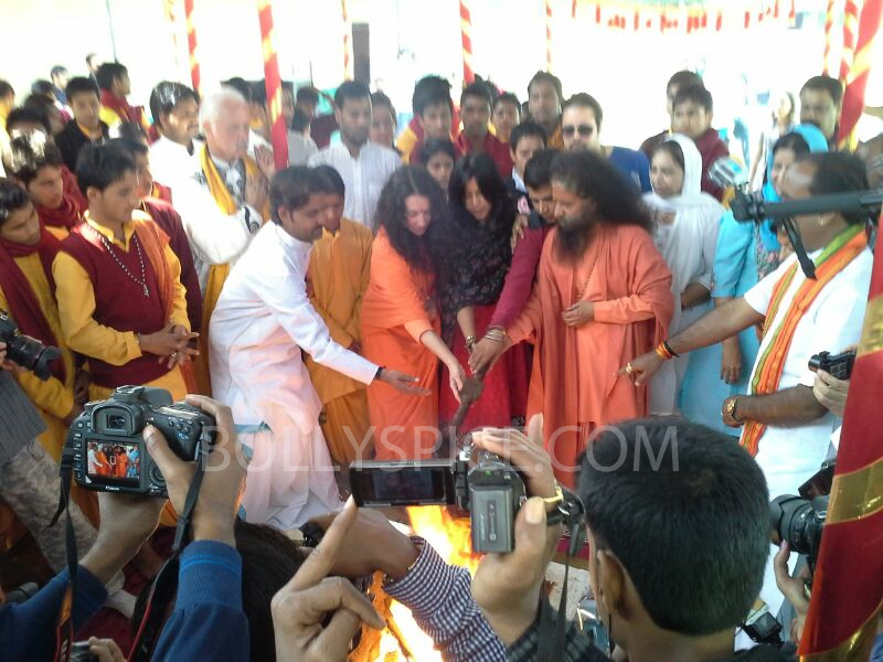 13feb mahakumbh 01 More Pictures: Ek Thi Dayaaan at MahaKumbh