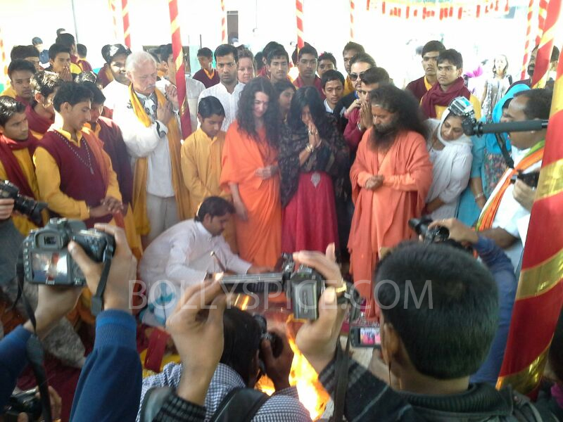 13feb mahakumbh 02 More Pictures: Ek Thi Dayaaan at MahaKumbh