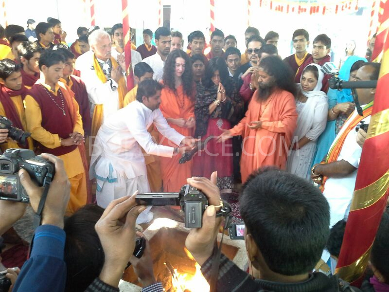 13feb mahakumbh 03 More Pictures: Ek Thi Dayaaan at MahaKumbh