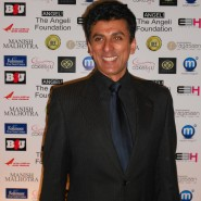 Manish Malhotra29 185x185 Special Report: Manish Malhotra makes his UK Runway debut