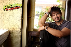 vivekjbkls1 300x200 Vivek Oberoi: It was exciting and challenging to merge the lover boy and the gangster in Jayantabhai Ki Luv Story