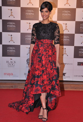 13mar whwn lorealpfwa01 Whos Hot Whos Not: The L'Oreal Paris Femina Women Awards