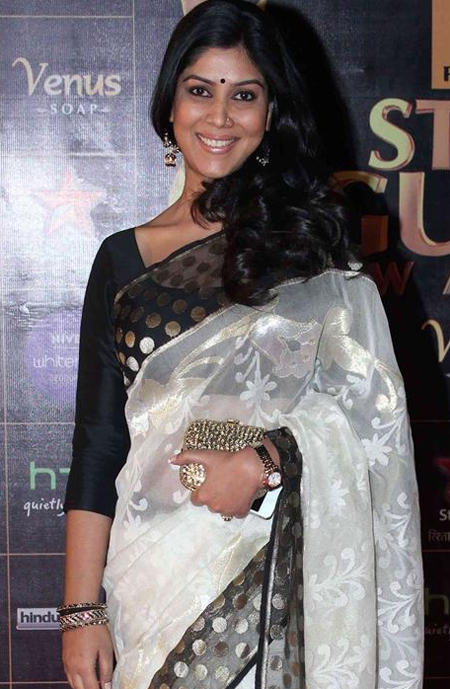 13mar whwnstarguild sakshi Whos Hot Whos Not   Star Guild Awards