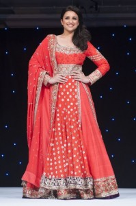 Manish Malhotra143 199x300 Parineeti Chopra Talks Fashion, Movies and Singing!