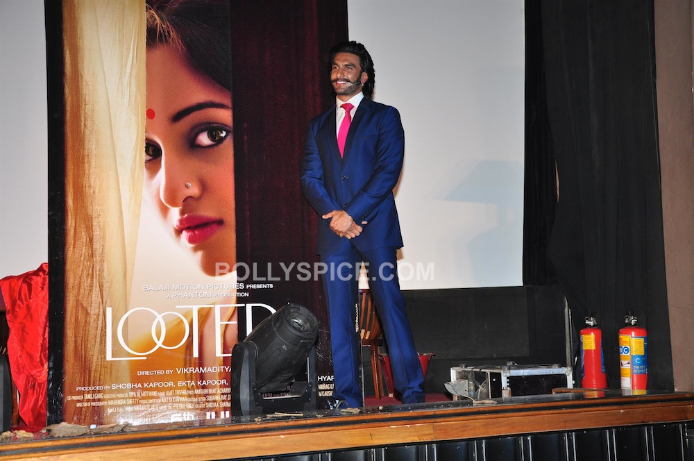 lootera04 In Pictures: Ranveer and Sonakshi at Looteras Trailer Launch!