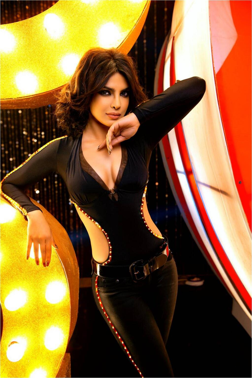 Check out Priyankas Sizzling Avatar in Babli Badmaash