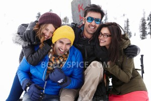 13apr YJHD RanbirDeepikaBondNoodles 300x200 Deepika Ranbir bond over eggs and noodles