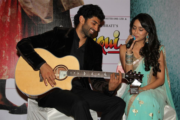 13apr aashiqui2launch 08 Aashiqui 2 Music Launch