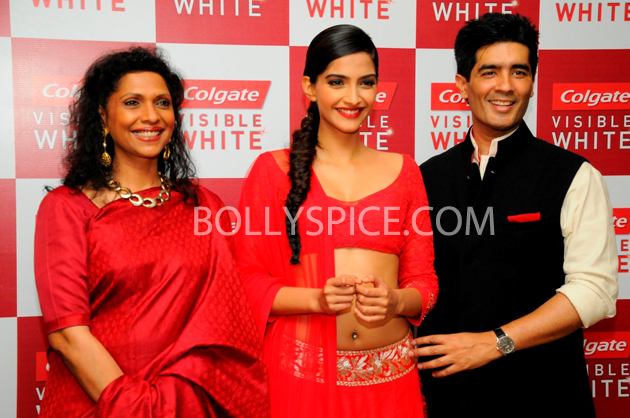 13apr sonamcolgate 05 Sonam Kapoor walks the ramp for Manish Malhotra at the Colgate Visible White product launch