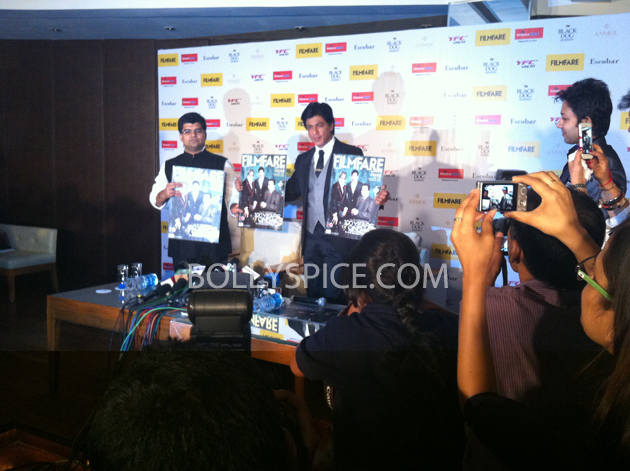 13apr srkfflaunch 03 Shah Rukh Khan launches collector's edition of Filmfare to mark 100 years of Indian Cinema