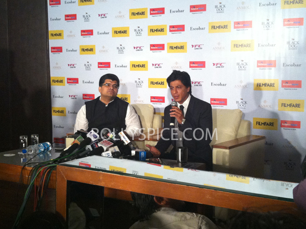 13apr srkfflaunch 04 Shah Rukh Khan launches collector's edition of Filmfare to mark 100 years of Indian Cinema