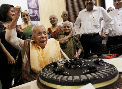13apr zohrabday 01 Zohra Sehgal turns 101!