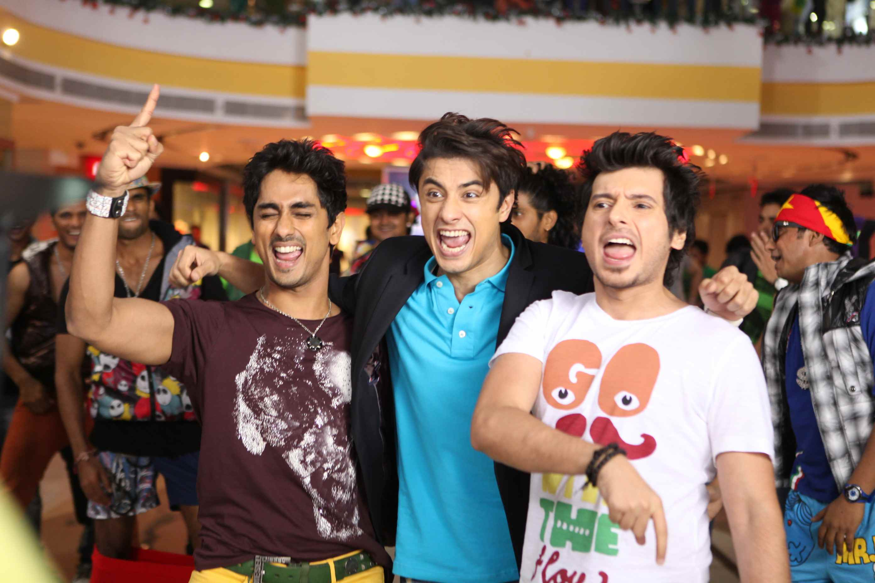 Chashme Baddoor 4 UK Readers! Win Chashme Baddoor CDs!
